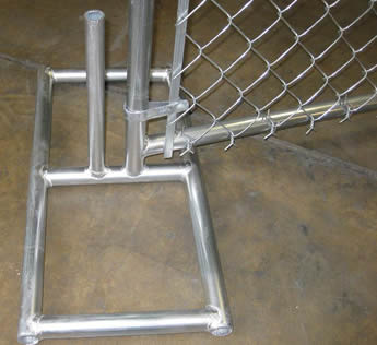 An hot dipped galvanized metal fence feet are installed on the fence panel.